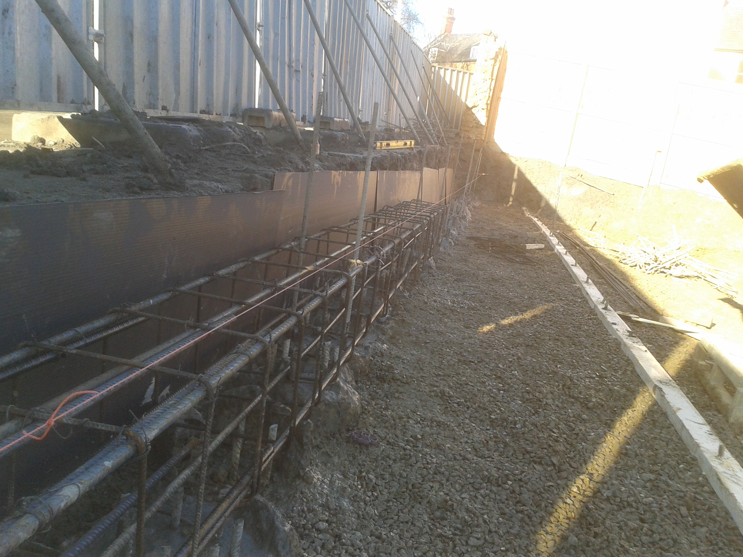 Ground beam linking all concrete piles