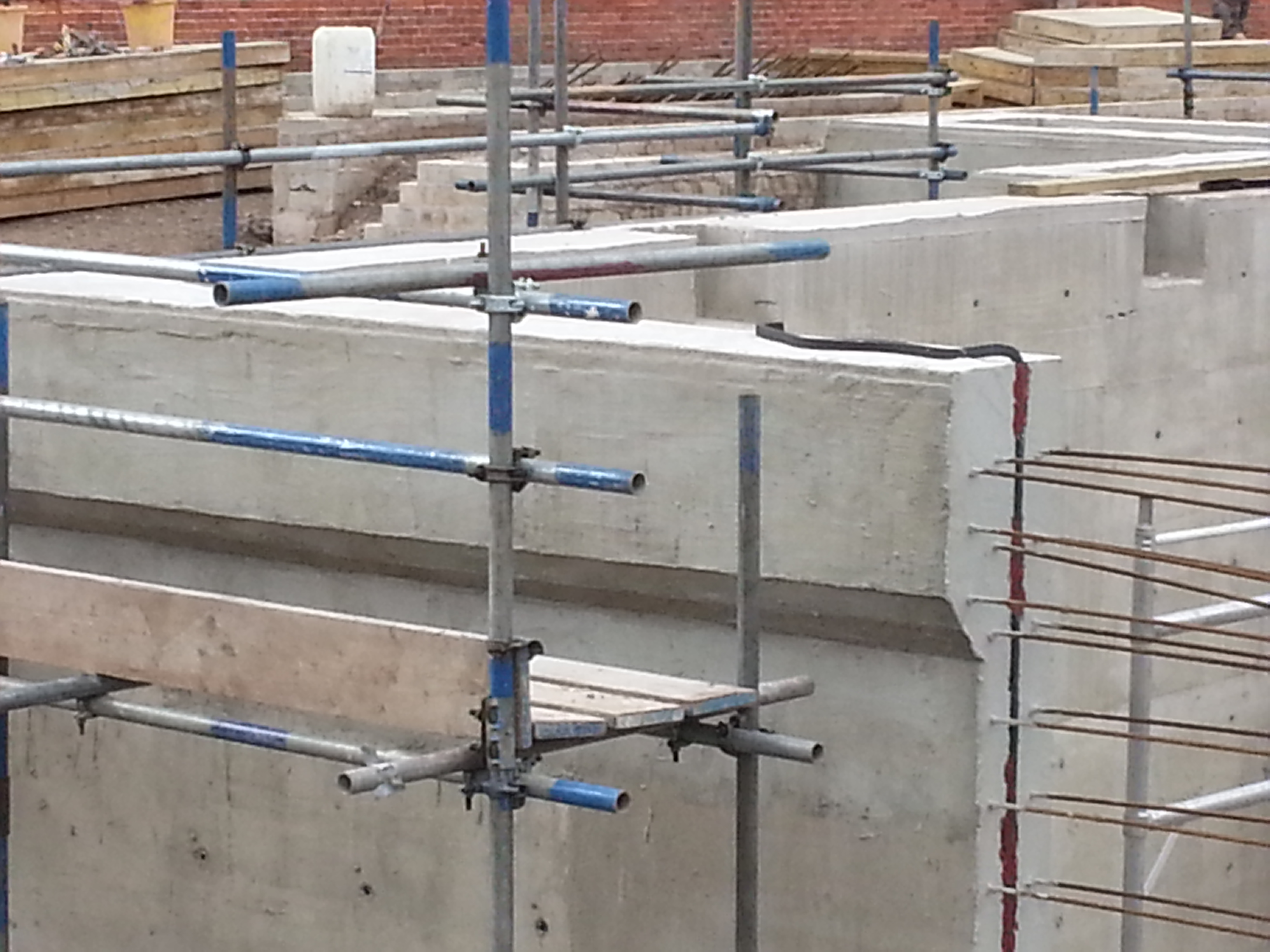 Expanding water stop fit to the construction joint to ensure water tight integrity