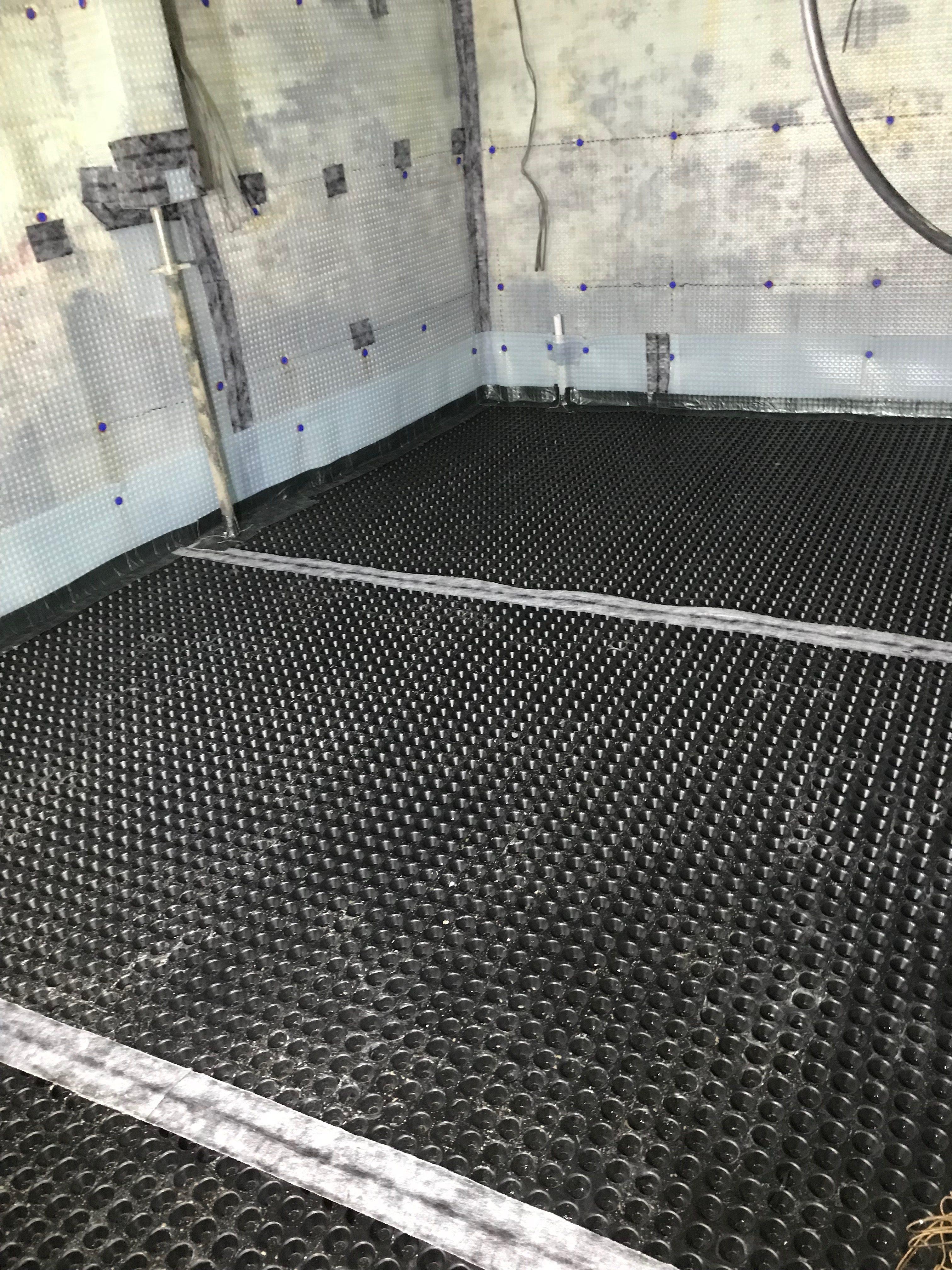 Flooring membrane laid throughout