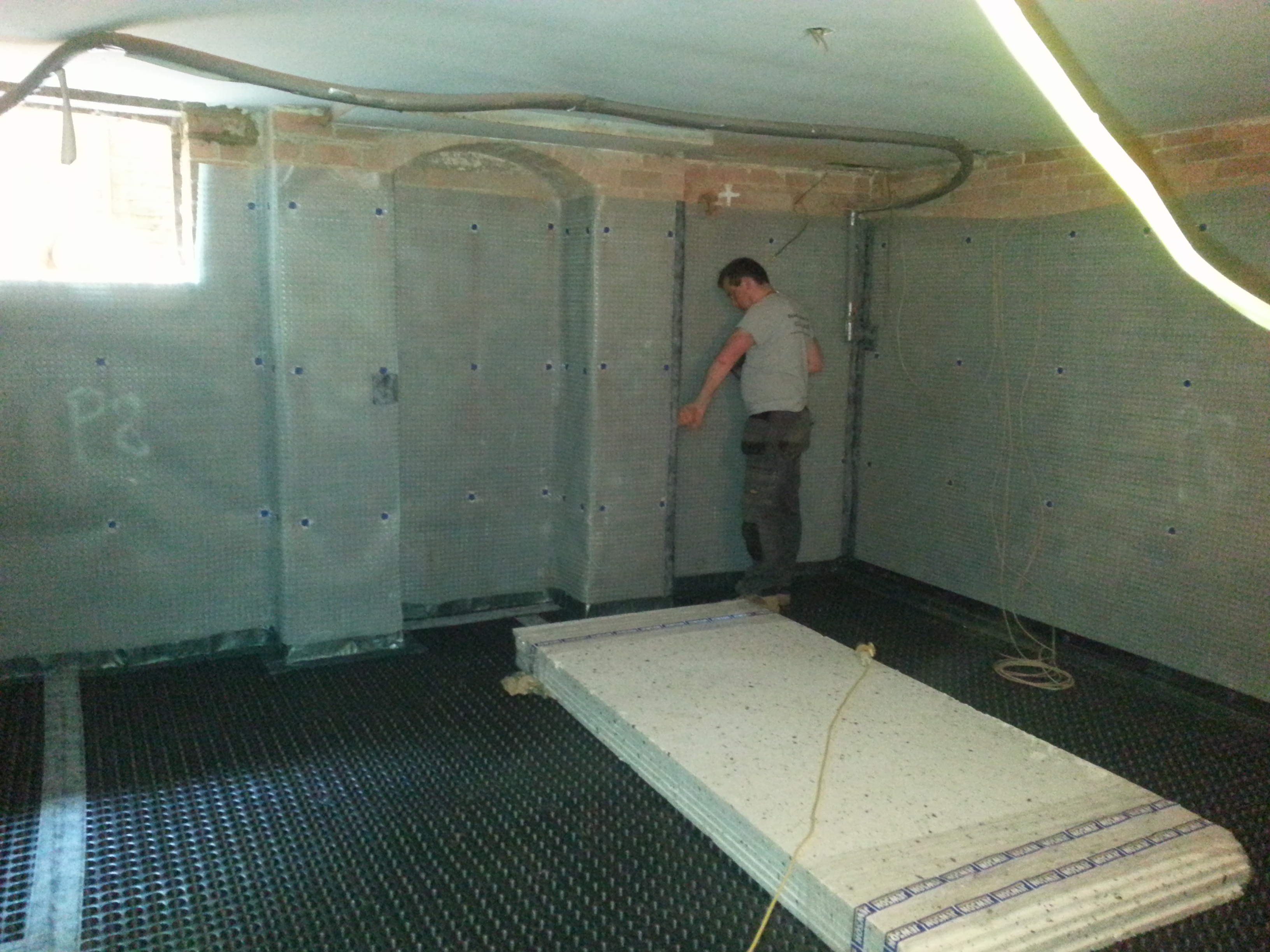 All membrane joints being taped, sealed and inspected