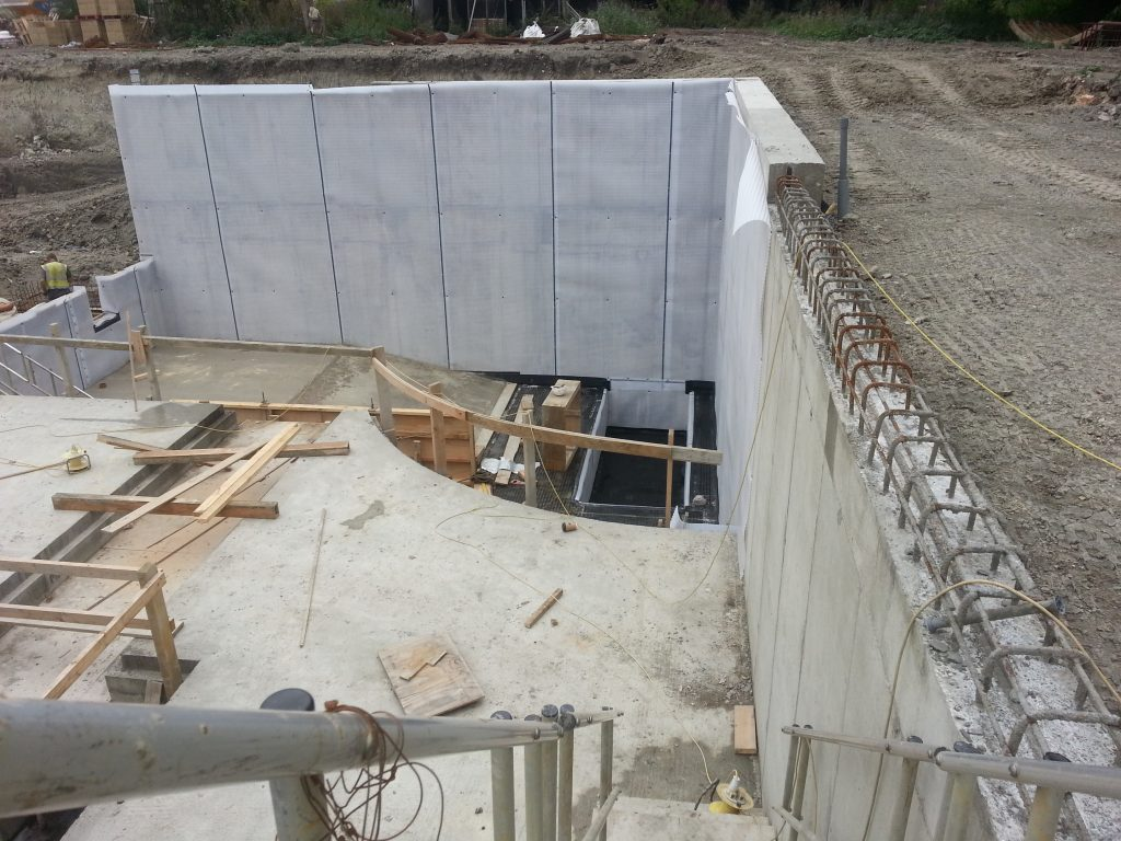 Cavity drainage membrane being installed to external walls