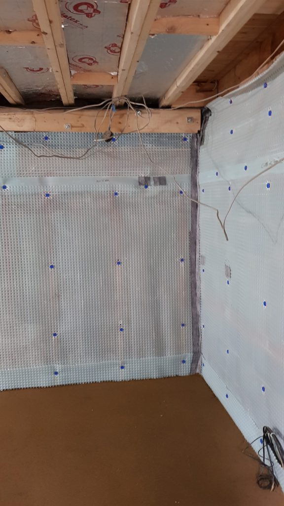 All joints in cavity membrane taped and sealed