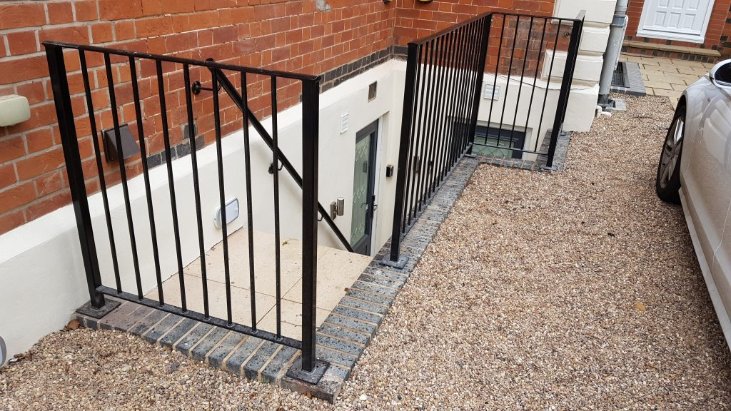 Railings and hand rail for new staircase