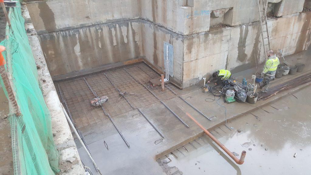 Reinforcing for main slab
