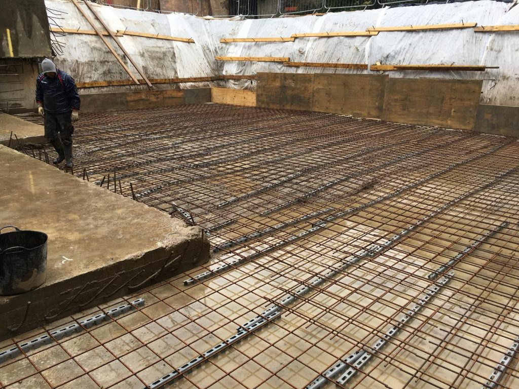 Steel reinforcing for traditional build