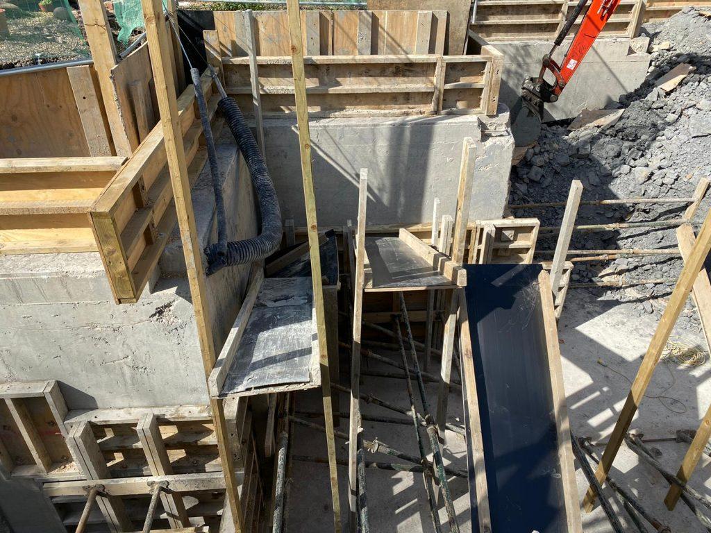 Underpins cast with concrete
