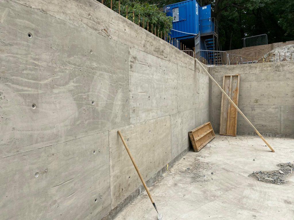 Walls cast