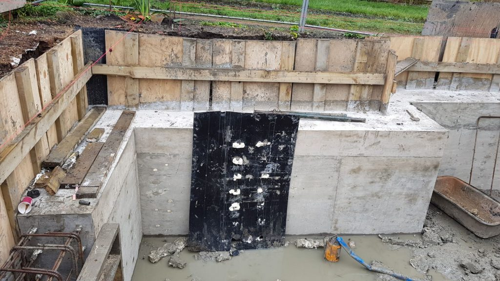 Concrete ring beam to provide lateral support to the house